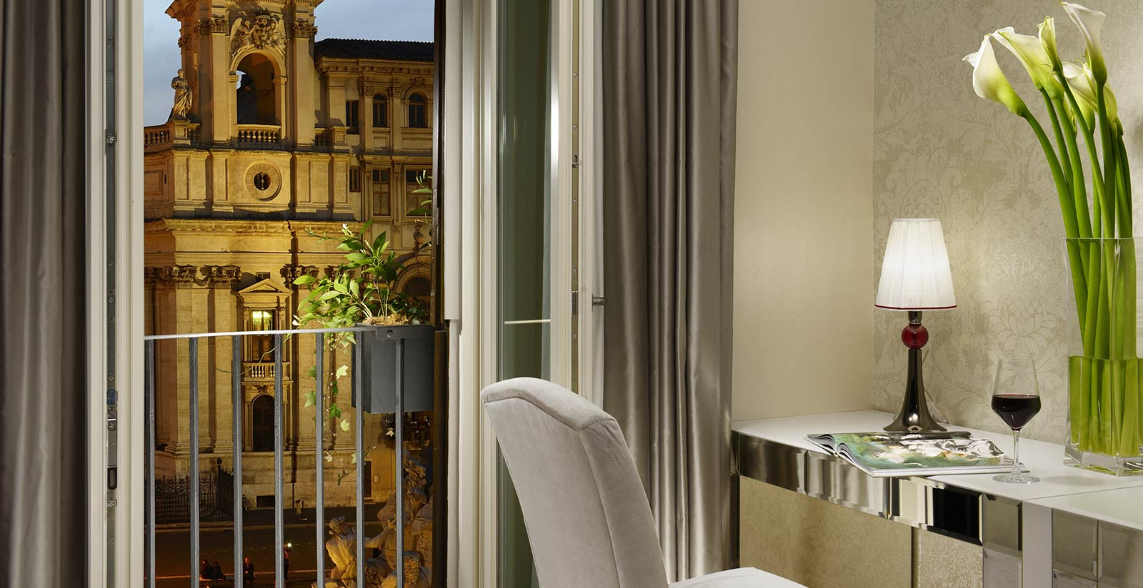 Lifestyle Suites Rome Hotel With Overlooking Rooms On
